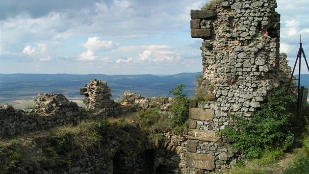 Z�ícenina hradu Ralsko