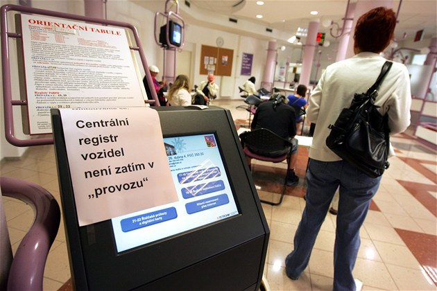 Registr �idi��  a registr vozidel na m�stském ú�ad�, problémy s centrálním