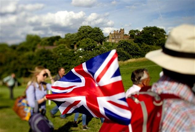 Britové to vidí jasn� - není na Británii...