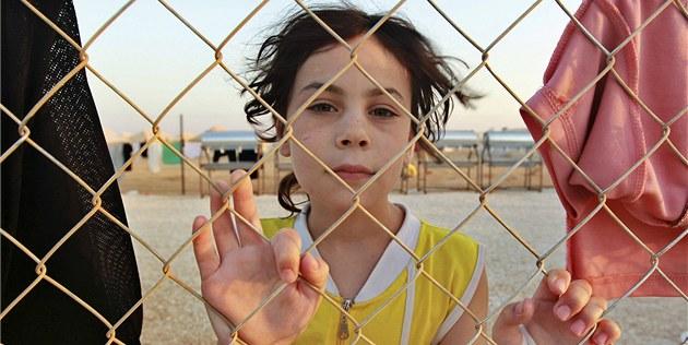 Syrská dívka v jordánském uprchlickém tábo�e Zátarí (2. srpna 2012)