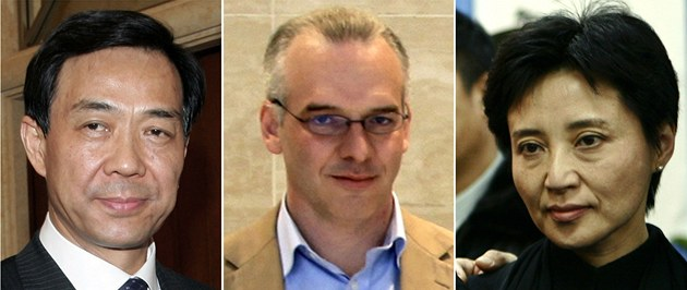 Zleva: N�kdej�í �éf komunistické strany v �hung-�chingu Po Si-laj, britský