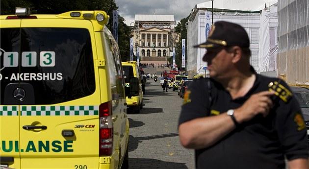 Záchraná�i a policisté b�hem poplachu kv�li nálezu podez�elého p�edm�tu pod