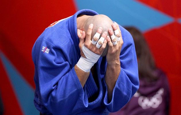 �eský judista Luká� Krpálek po prohraném zápasu s Rusem Tagirem Chajbulajevem.