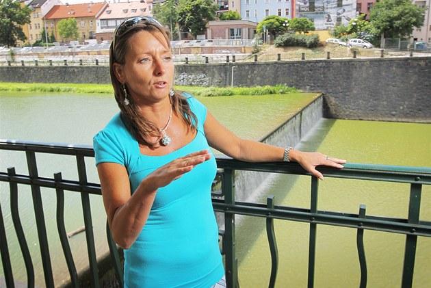 Sedmat�icetiletá hydroprognosti�ka Lenka Bo�íková za�ila ni�ivé povodn� v roce