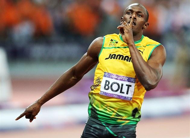 POTICHU. Usain Bolt slaví svou druhou zlatou medaili na hrách v Londýn�.