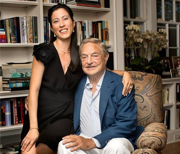 George Soros se krátce p�ed svými 82. narozeninami pot�etí o�enil - vzal si