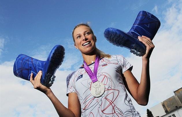 Tenistka a st�íbrná olympioni�ka Andrea Hlavá�ková p�ivezla do Plzn� ukázat