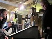 Z natáčení audioknihy The Vole - Hraboš hrdina. Zleva interpret Jan Hartl, režisér Vladimír Merta a autor Vlastimil Třešňák.