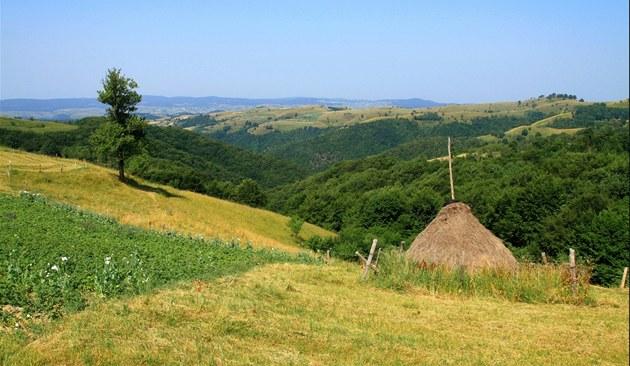 Toulání kolem Rovenska poskytuje nespo�et dalekých a �irokých rozhled�.