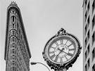 """Flatiron Building (�esky """"�ehli�ka""""), je vý�ková budova le�ící na rohu 23...."""