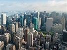 Pohled z Empire State Building směrem kseveru. Uprostřed vidíte mrakodrapy stojící vblízkosti Times Square. Za nimi je vidět řeka Hudson a stát New Jersey.