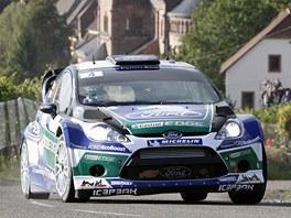 Norský jezdec Petter Solberg v průběhu Francouzské rallye.