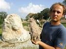 U Žďáru sochař už před lety vytvořil lva a orlici.