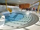 Nové koupaliště Šutka, které se budovalo 25 let, bude otevřeno zhruba do měsíce (31. října 2012, Praha).
