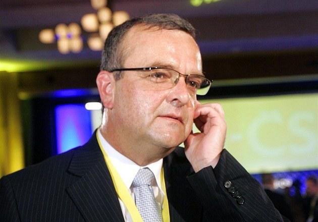 Ministr financí Miroslav Kalousek m�e být ohledn� svých telefonát� s Ji�ím
