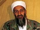 Šéf teroristické organizace al-Káida Usáma bin Ládin na archivním snímku