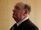 Režiséra Hitchcocka hraje ve stejnojmenném filmu Anthony Hopkins.