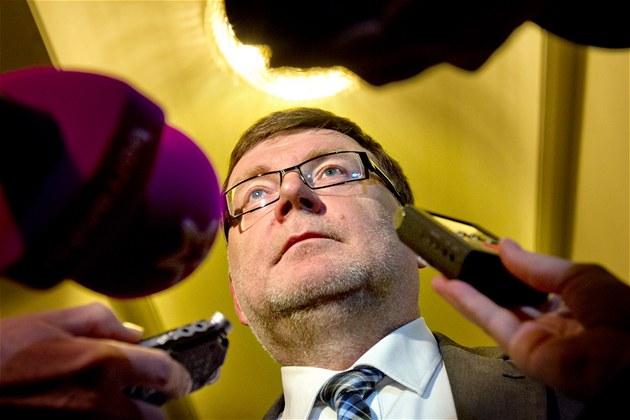 Novým ministrem dopravy bude dosavadní �éf poslanc� ODS Zbyn�k Stanjura. (11.