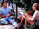 Sean Connery a Ursula Andressov� b�hem nat��en� bondovky Dr. No