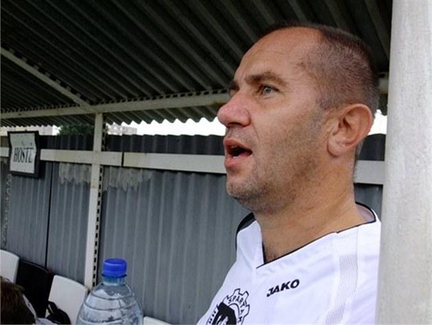 Bývalý ligový fotbalista a trenér �ákovského týmu do 11 let v hradeckém
