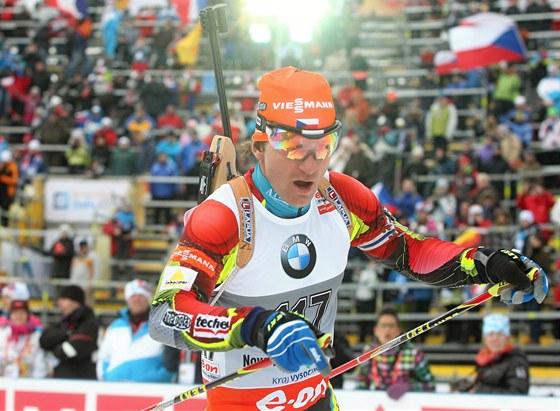 Zdeněk Vítek na trati sprintu biatlonistů při mistrovství světa v Novém Městě na Moravě.