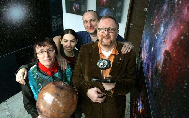 Výzkumnému týmu hv�zdárny na Kleti se poda�ilo objevit tisíc planetek. Na
