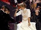 Zpěvačka Taylor Swiftová na Brit Awards nadchla efektním číslem.