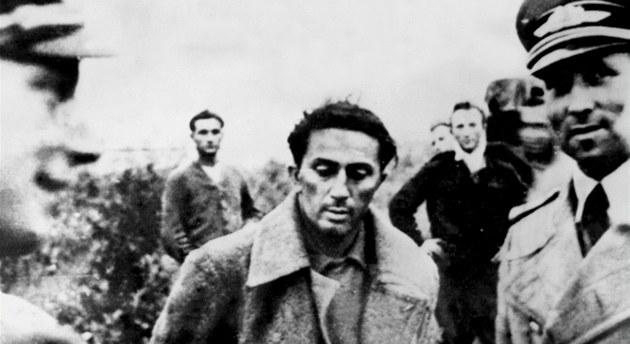 Do n�meckého zajetí se Jakov D�uga�vili dostal 16. �ervence 1941.