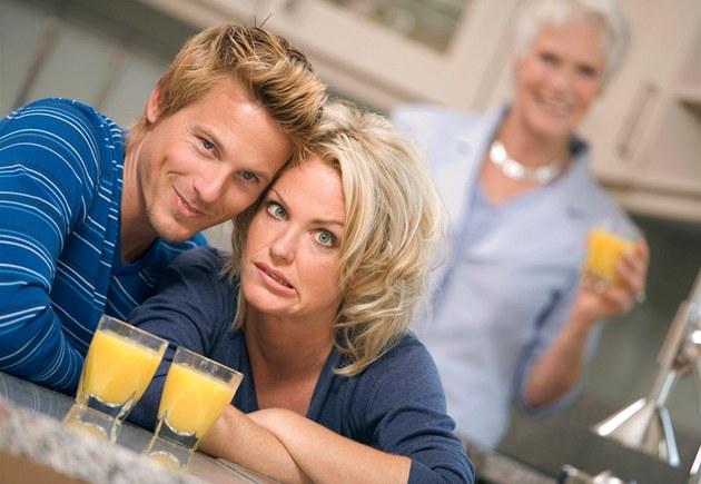 Дорогая родственница: как встретить свекровь
