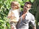 Colin Farrell a jeho syn James, který trpí Angelmanovým syndromem. (2011)