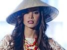 MISS POD LUPOU: �esk� Miss Earth 2013 Monika Leov�
