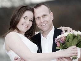 SVOJI. Slalomářka Šárka Záhrobská se provdala za svého přítele Antonína Stracha.