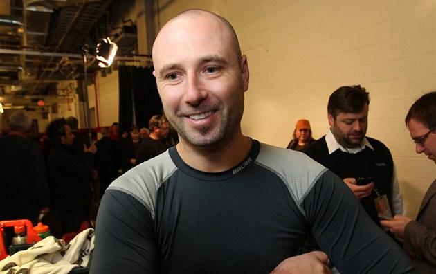 KON�ÍM. Hokejový branká� Tomá� Vokoun oznámil konec své reprezenta�ní kariéry.