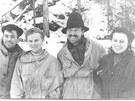Nicolas Thibeaux-Brignolle, Ludmila Dubininová, Semen Zolotarjov a Zina Kolmogorová. Dobrá parta. A stále ještě naživu