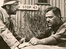 Haas ve svém americkém režijním debutu Hlídač č. 47 (Pickup).