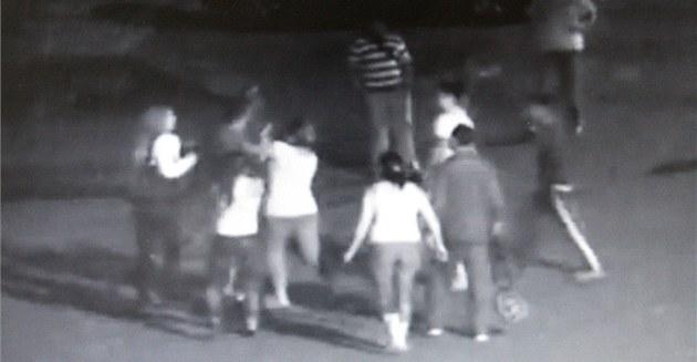 Napadení zachytila bezpe�nostní kamera m�stské policie.
