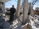 Trosky města Kusajr, které o víkendu dobyla syrská armáda spolu s bojovníky Hizballáhu (20. května 2013)