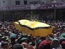 Pohřeb bojovníka Hizballáhu, který zahynul v bojích o syrské město Kusajr (20. května 2013)