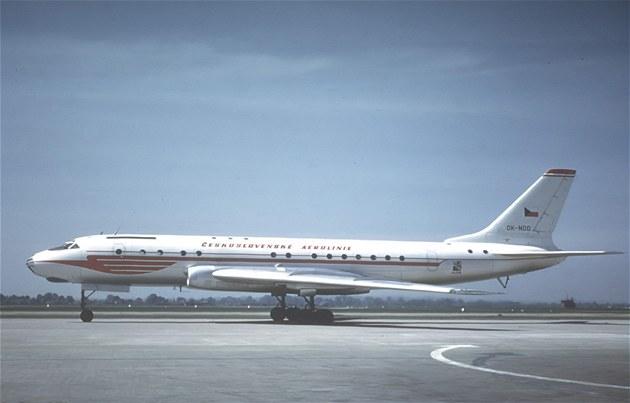 Letoun Tu-104 OK-NDD, zni�en p�i nehod� u Tripolisu