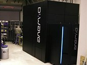 Počítače D-Wave na zkouškách v laboratořích Catherine McGeochové