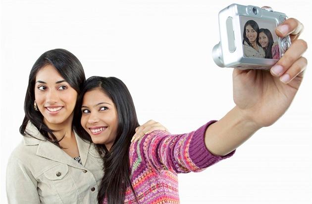 Pošlete nám autoportrét a vyhrajte projektor Epson.