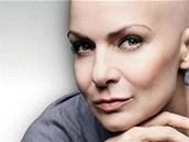 Zpěvačka Anna K. zahájila kampaň proti rakovině prsu (2010)