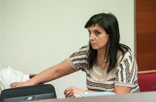 Samková je p�esv�d�ena o tom, �e �ena po�kodila její osobní �est a profesi advokátky.