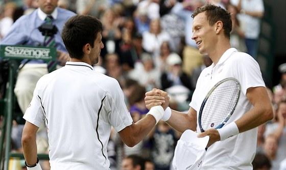 Tomáš Berdych (vpravo) a Novak Djokovič.
