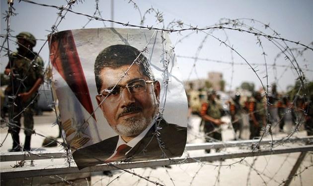 Po svržení egyptského prezidenta Muhammada Mursího není v ulicích velkých měst