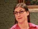 Mayim Bialik jako Amy Farrah Fowler v seriálu Teorie velkého třesku