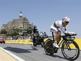 Tony Martin při časovce na Tour de France v Mont St. Michel