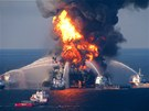 Hav�rie ropn� plo�iny Deepwater Horizon v Mexick�m z�livu (duben 2010)
