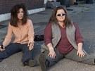 Sandra Bullockov� a Mellissa McCarthy v komedii Drs�a�ky.