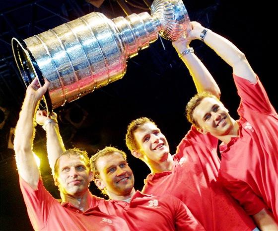 2002 /  Detroit Red Wings: Dominik Hašek, Jiří Šlégr, Jiří Fischer a Ladislav Kohn